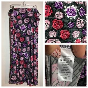 LulaRoe 3XL Maxi skirt fits 24-26